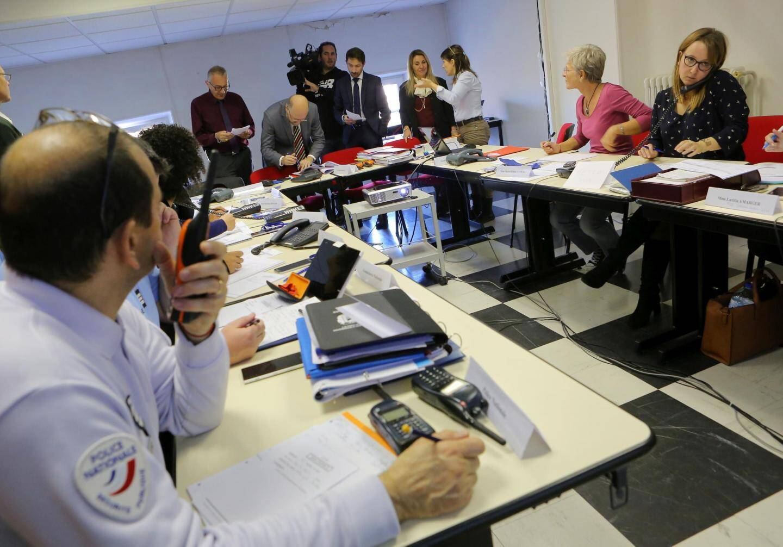 Deux exercices de prévention ont déjà eu lieu autour du bassin versant de l'Argens.    Exercice inondation à la sous prefecture de Draguignan Papier : Mathieu Bescond