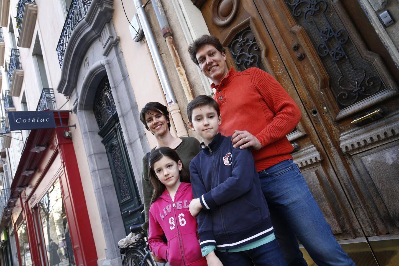 Pendant la première phase du confinement, nous avions suivi régulièrement Aurélie, Jérôme, Adèle et Martin.