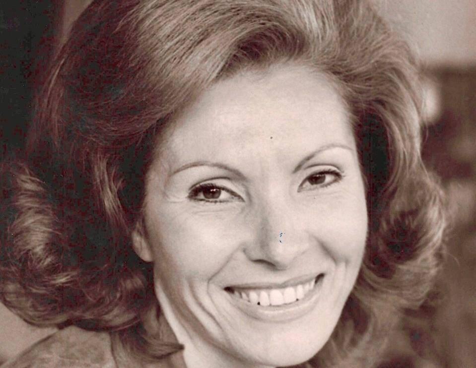 """Rosanna Carteri """"une grande voix de soprano mais également une femme superbe""""."""