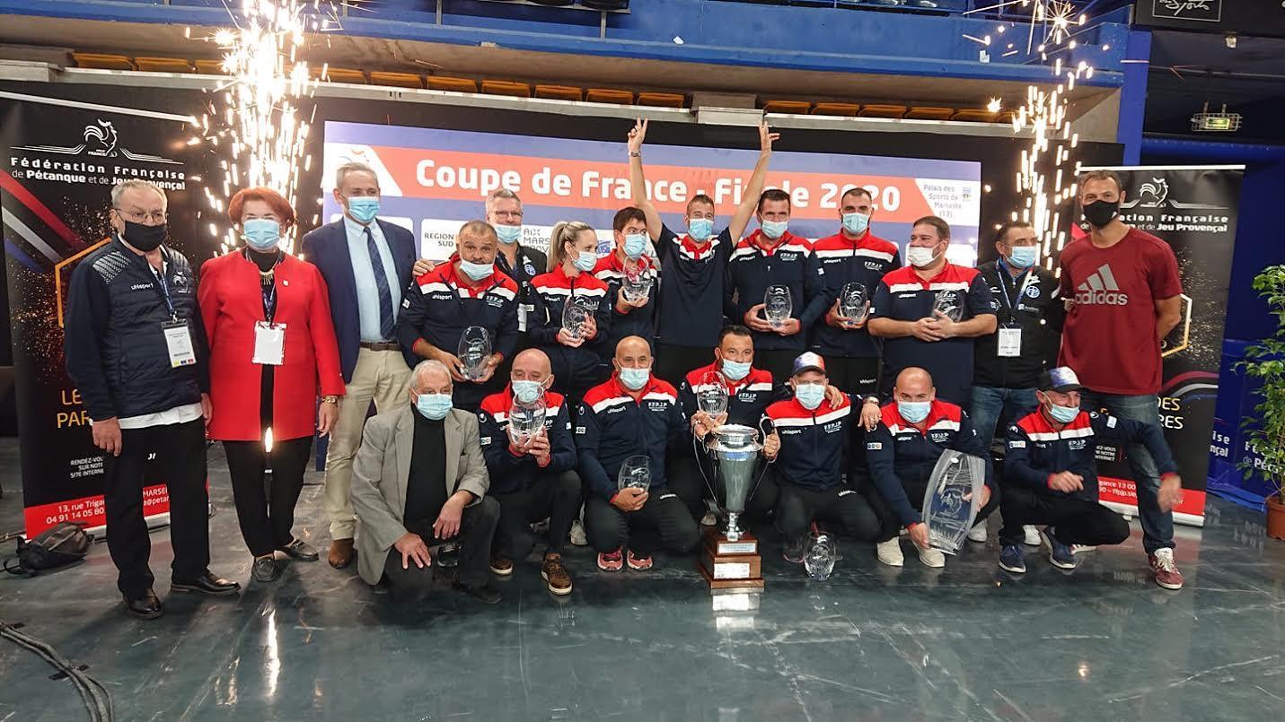 Pour la première fois de sa jeune existence, les joueurs du Fréjus international pétanque ont ramené la Coupe de France en terre fréjusienne, avec en prime une qualification en Coupe d'Europe.