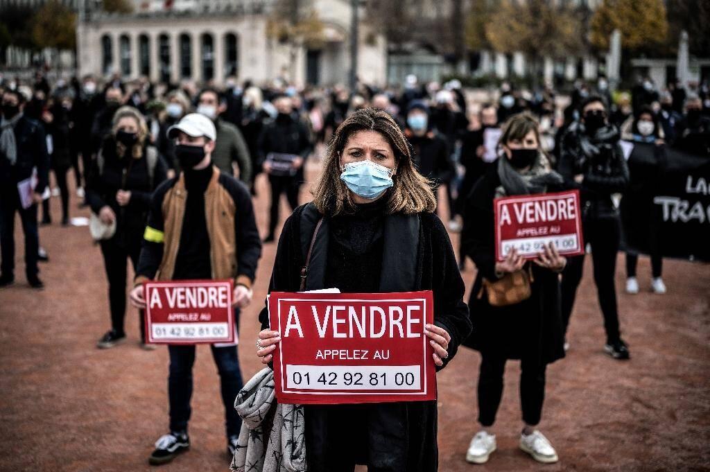 Manifestation pour appeller à la réouverture des commerces, le 16 novembre 2020 à Lyon