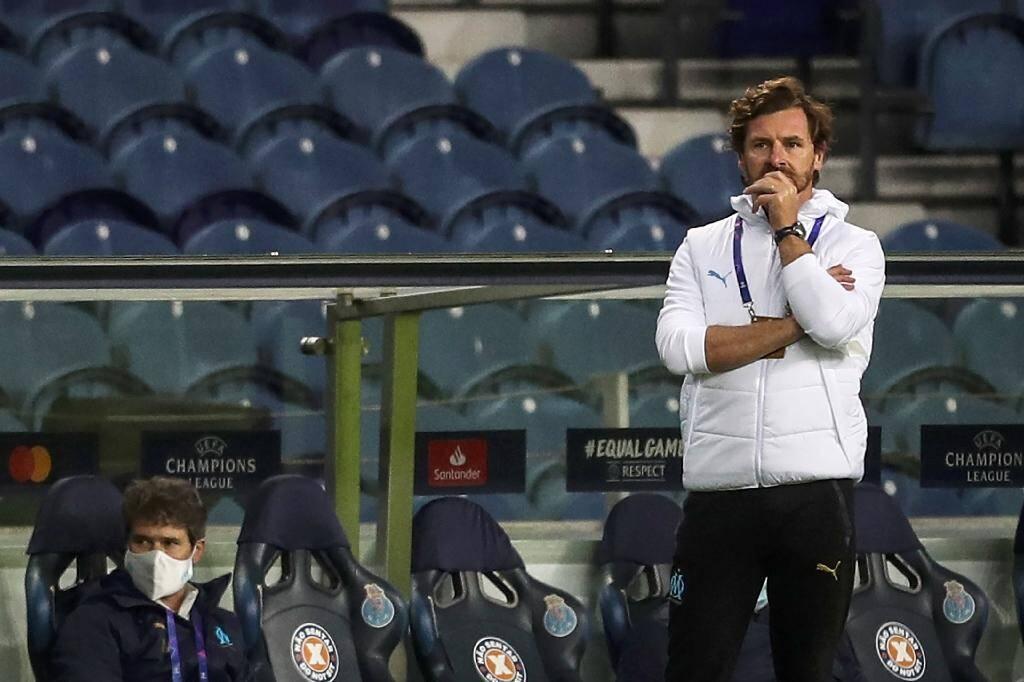 Le coach portugais de Marseille André Villas-Boas battu avec son équipe sur la pelouse du FC Porto, le 3 novembre 2020