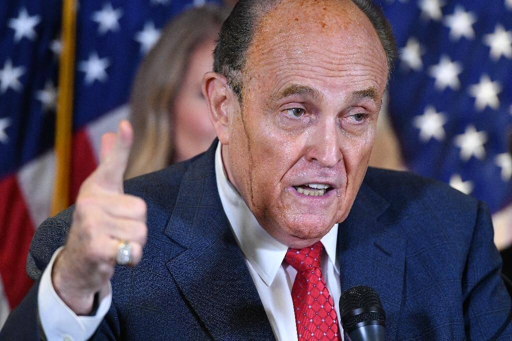 L'avocat personnel de Donald Trump, Rudy Giuliani, en conférence de presse à Washington le 19 novembre 2020