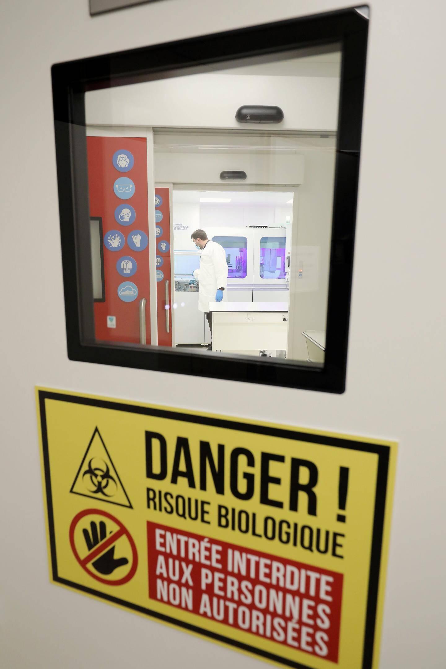Ce type de laboratoire est réservé au personnel formé et autorisé.