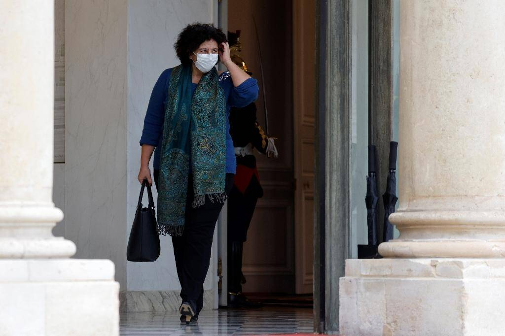 La ministre de la Recherche Frédérique Vidal quitte le palais de l'Elysée à Paris, le 10 novembre 2020