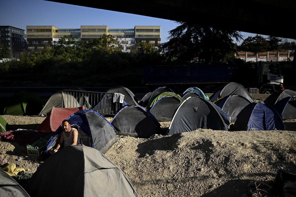Le camp de migrants sous l'A1 à Saint-Denis, le 16 septembre 2020, la veille de son évacuation
