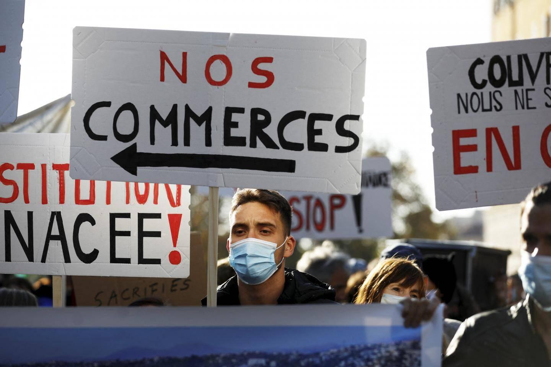 La manifestation était organisée par l'association Nice la Vie, contre les mesures gouvernementales pour lutter contre la covid-19.
