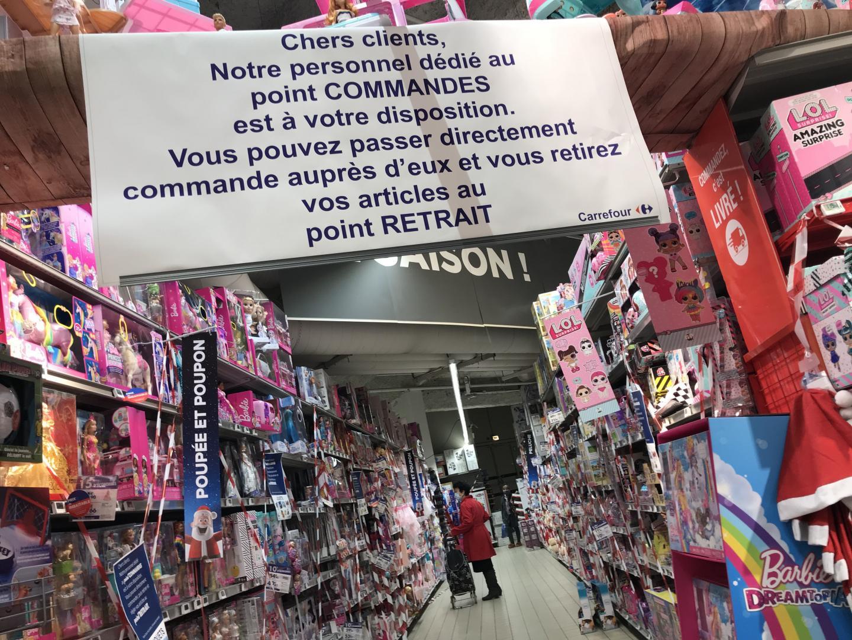 Un personnel dédié aux commandes a été mis en place par l'enseigne Carrefour.