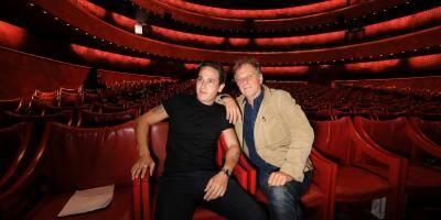 """""""Une immense joie"""": Charles et Émile Berling réunis sur les planches dans une comédie de Jean Cocteau"""