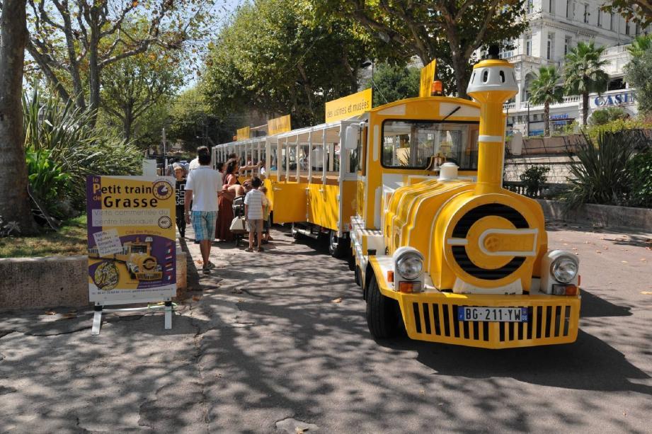 Le petit train jaune...  loin d'être fantôme - 14042848.jpg