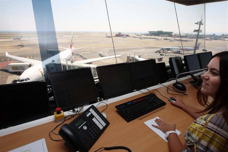 Durant le seul mois de juillet, plus de 1,2 million de voyageurs ont transité par l'aéroport, soit 45 000 de plus que le précédent record.