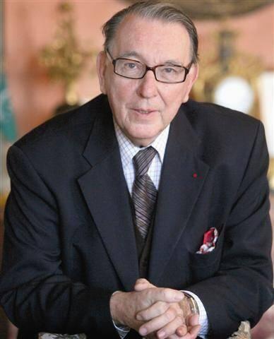Les obsèques d'Hervé de Fontmichel seront célébrées par l'archiprêtre Jean-Louis Gazzaniga.