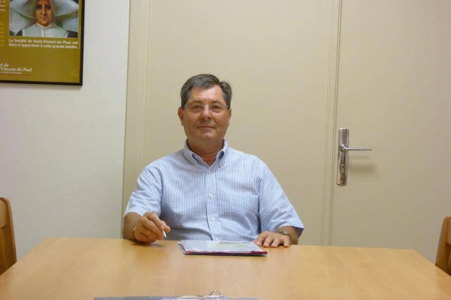 Daniel Noaro, le président de la société de Saint-Vincent-de-Paul dans «le bureau de la famille» au 32, rue Grimaldi.