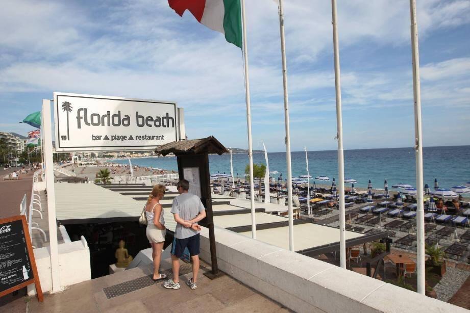 Florida Beach , un bel établissement situé sur la promenade des Anglais, en face du Centre universitaire méditerranéen.(Photo Richard Ray)