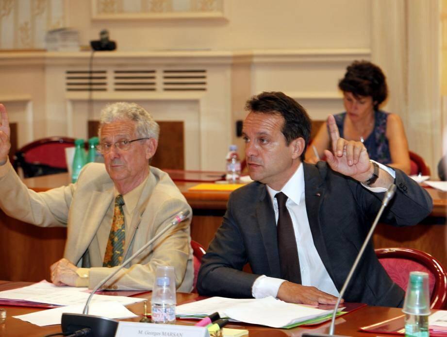 Henri Doria, premier adjoint et le maire Georges Marsan (à droite).