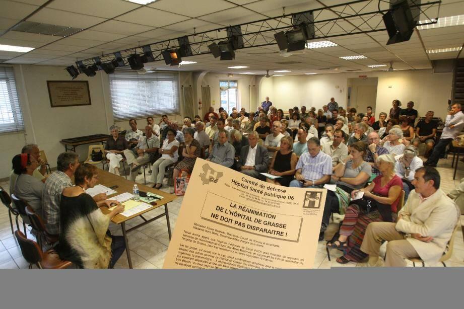 Les huit lits du service de réanimation de l'hôpital de Grasse seraient « toujours menacés » de suppression par l'ARS, d'après le Comité de défense hôpital santé publique 06.(Photo A.B.-J.)