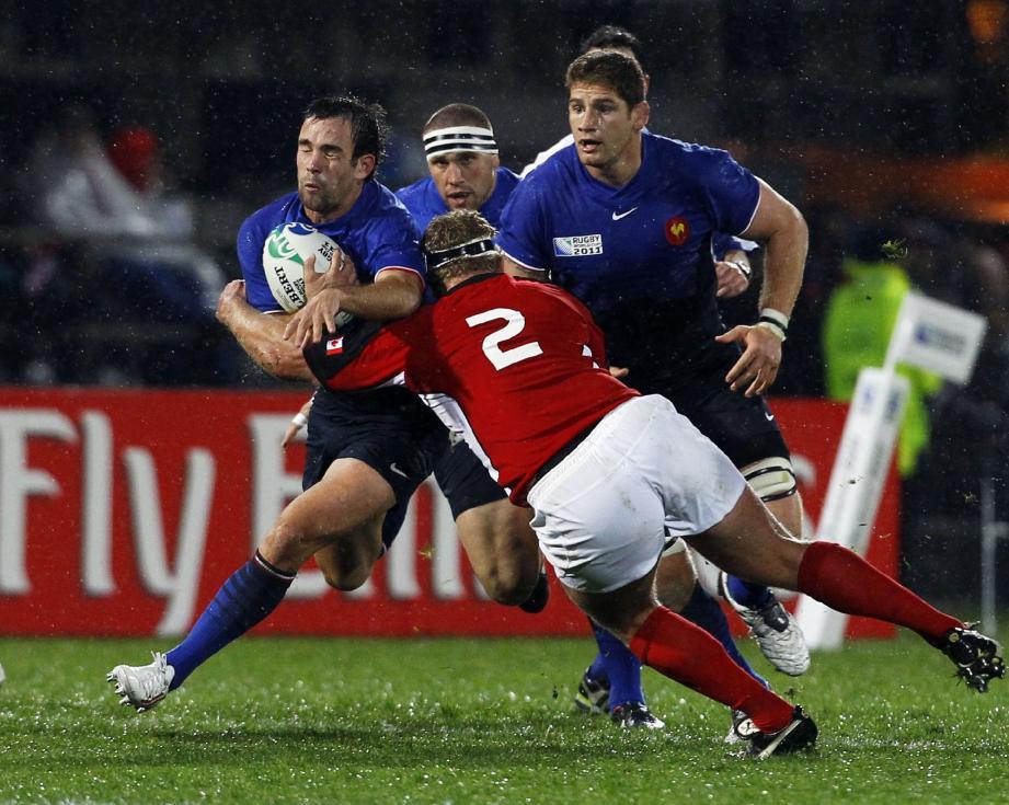 Morgan Parra (ici, face au Canada) est reconduit à l'ouverture contre les Tonga.(Photo Reuters)