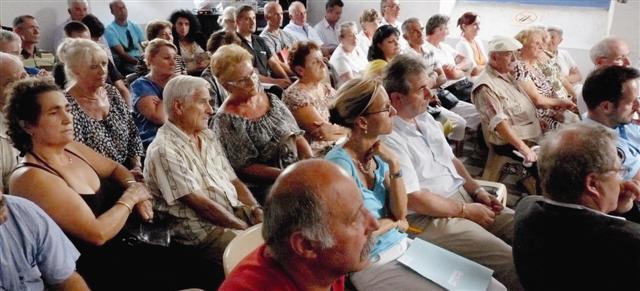 Les riverains sont venus nombreux à la réunion de quartier du maire. Avec l'espoir que leur hameau soit enfin sécurisé.