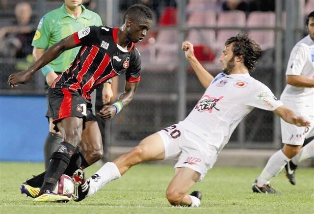 La cheville de Mouloungui va mieux. L'attaquant devrait être en mesure de jouer demain à Caen.