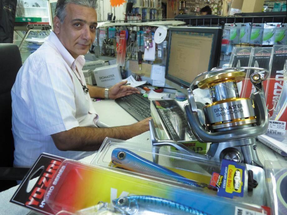 Le magasin de pêche niçois pilote aussi un site en ligne pléthorique.(Photo Sy.B.)