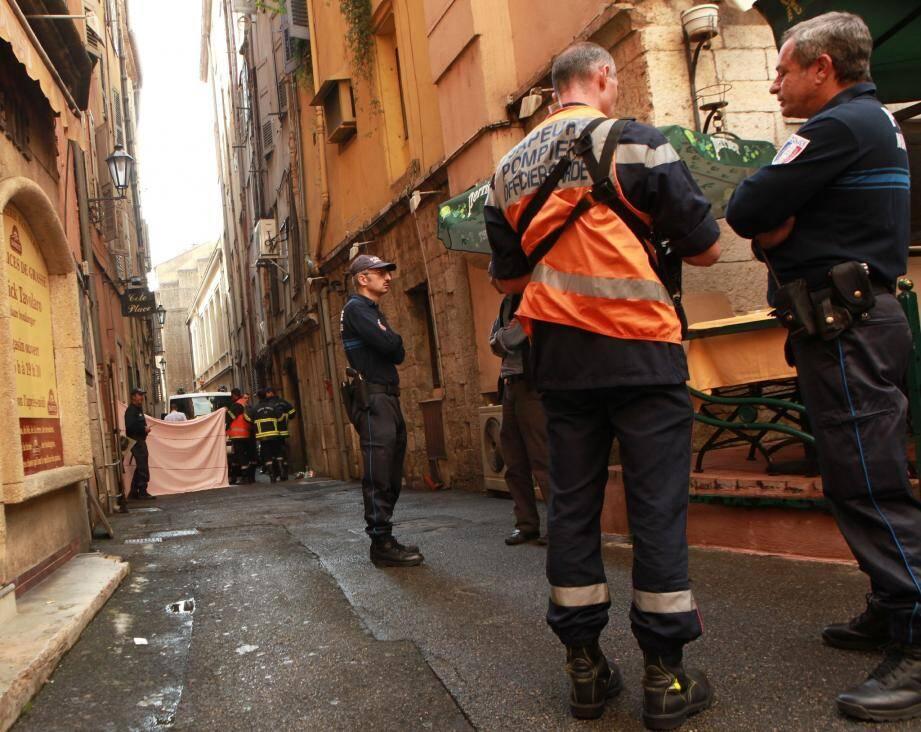 C'est dans cette petite rue étroite du centre ancien, que la victime âgée de 86 ans a été renversée.