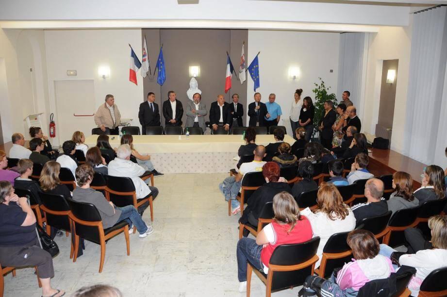 En présence du Président du Sivom, Honoré Colomas, les députés ont défini avec précision leurs engagements quotidiens. (Photo A. R.)