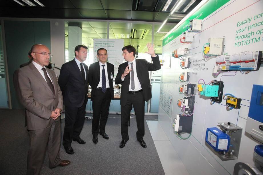Le site « éco-responsable » inauguré à Carros, développe et produit sur le même site des automates programmables.(Photo Philippe Lambert)