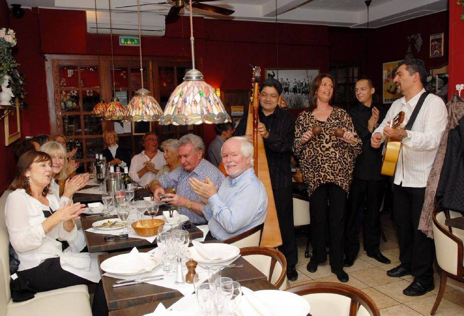 Mario et Andrea Bonandrian ont ouvert en juillet 2010. Après l'initiative d'une cliente de mettre le restaurant sur un site d'avis de voyage, c'est le carton sur la toile.(Photo Gilles Traverso)