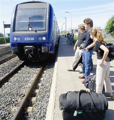 Tous ceux qui l'aiment prendront le train... s'il passe sur la troisième voie.
