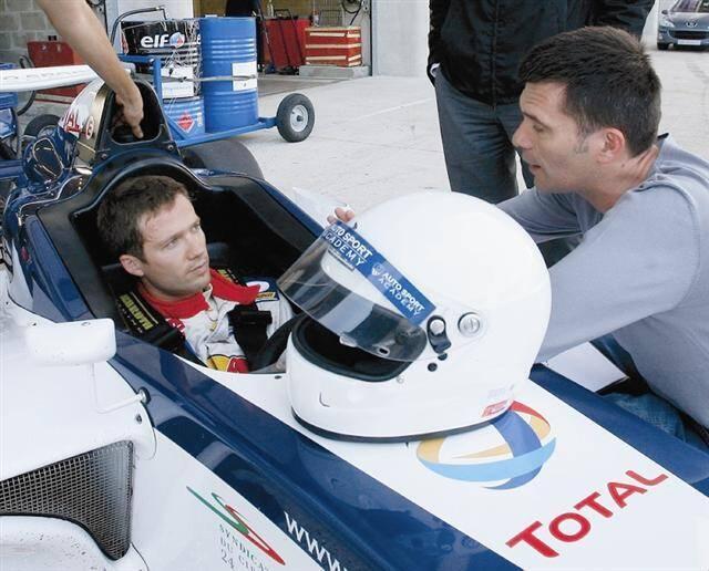 Sur circuit, l'expérience de Sébastien Ogier se limite à quelques tours d'essais à bord d'une Formula Academy (ci-dessus). Le Gapençais va donc découvrir un autre monde, la semaine prochaine au Castellet.