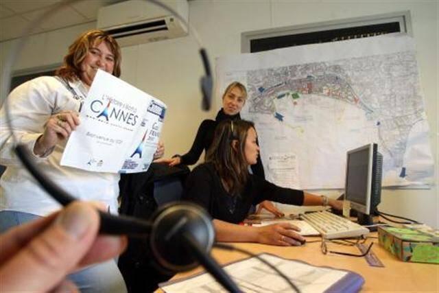 Les habitants ont appelé les opératrices d'Allô Mairie + plus de 350 fois depuis le week-end à propos du G20.