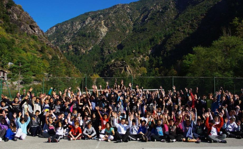 Deux cent quarante élèves ont participé aux différents parcours de courses à pied.(Photo D.G.)