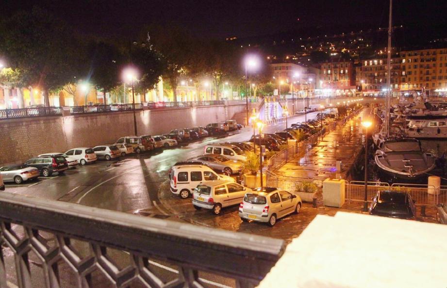 Souterraine jusqu'au bout de la rue Antoine-Gautier, la ligne 2 du tramway pourrait sortir directement sur le quai Cassini.(Photo Richard Ray)