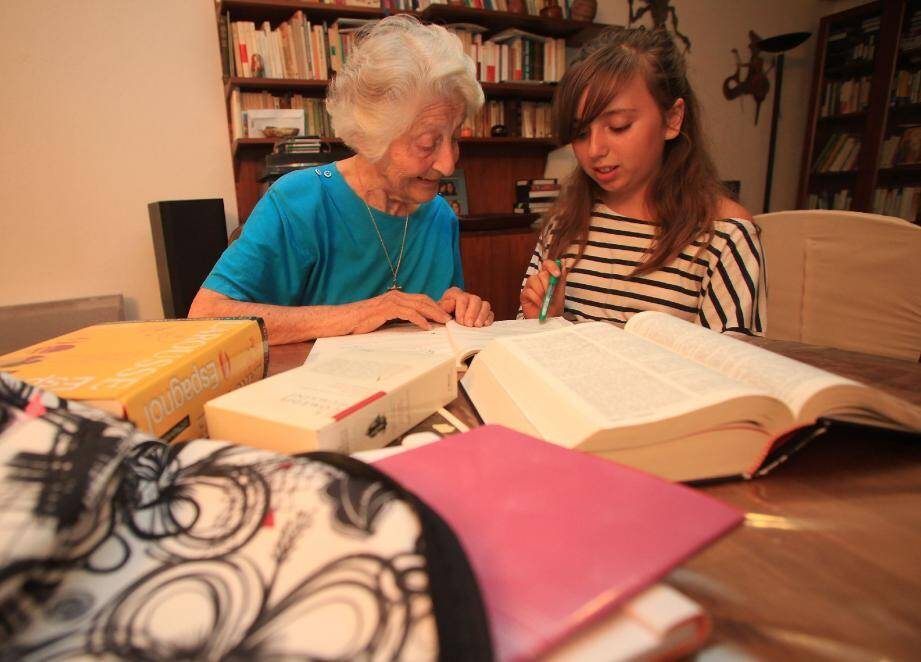 Entre grands-parents et petits-enfants, des relations privilégiées, de véritables complicités se développent naturellement.(Photo F. Vignola)