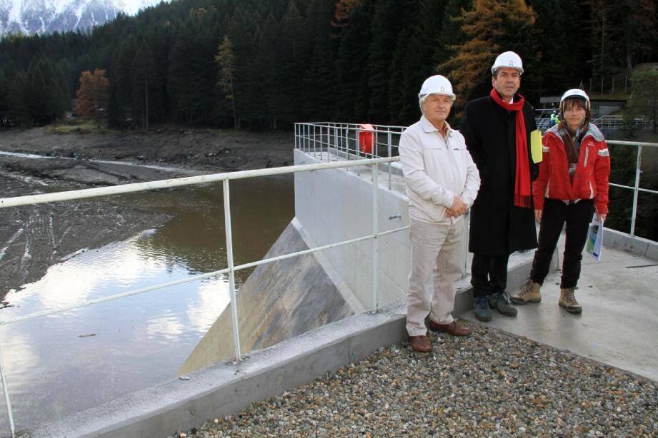 De gauche à doite, André Richier, Raymond Floc'h, Martine Giuge.(Photo DR)