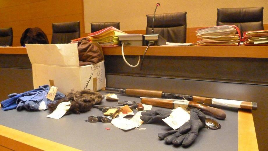 Arrêtée en 1991, une équipe de malfaiteurs puissamment armés était suspectée de huit braquages dans le département. Mourad Krimou en reconnaît trois.(Photo C.P.)