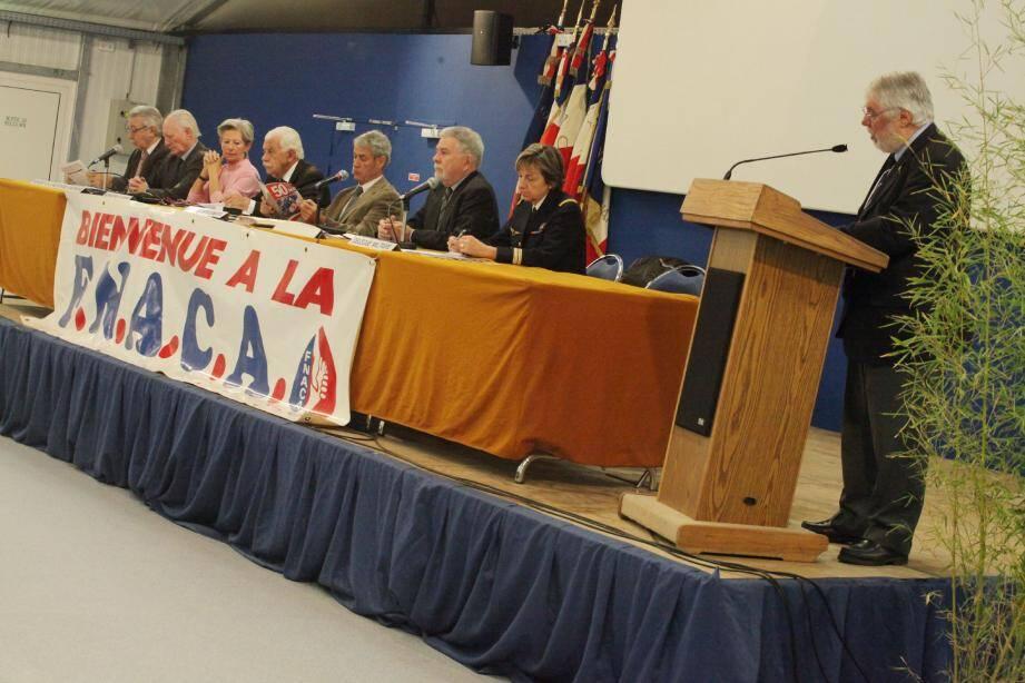 C'est le président départemental, Roger Moca qui a accueilli les invités de ce congrès.(Ph. Vincent Rossotti)