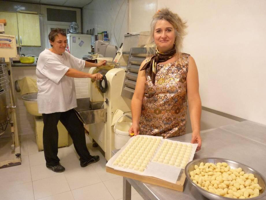Installées depuis neuf ans à Cessole, Patricia et Nathalie figuraient dans l'annuaire papier sous la rubrique « fabrication de pâtes alimentaires ». Jusqu'à cette année, où elles ont été évincées, comme les dix autres vermiceliers niçois.
