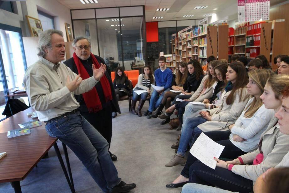 Franz-Olivier Giesbert devant une classe de seconde au lycée Calmette : « Je n'écris pas pour laisser une trace mais bêtement pour raconter des histoires. »