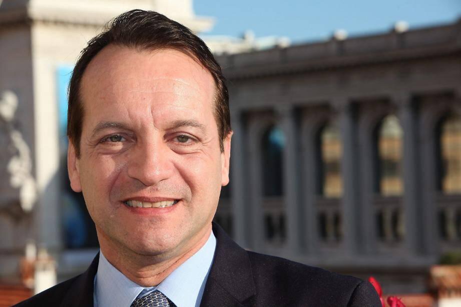 2012 s'annonce positive pour le maire de Monaco. Dès le mois de janvier, les travaux du marché de la Condamine vont commencer et l'aspect social sera renforcé au cours de l'année avec de nouveaux services mis en place.