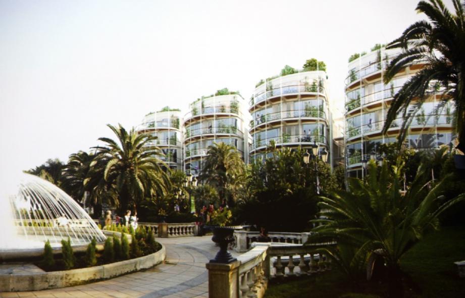 Le remplacement du Sporting d'hiver par les 7 bâtiments va permettre de gagner des espaces commerciaux, des bureaux et proposer à une clientèle richissime des résidences de luxe. Ici, la vue depuis les jardins des Boulingrins côté place du Casino.