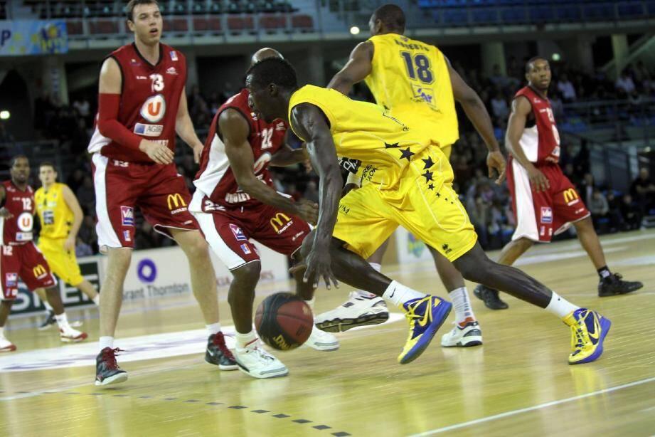 « Si les joueurs ont des propositions ailleurs, on les laissera partir » affirme Philippe Legname.