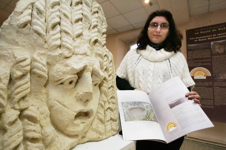 Audrey Massiera-Buda, archéologue, présentera, jusqu'au 3 mars, une exposition qui donne envie d'aller à la découverte des nombreux vestiges de la région.