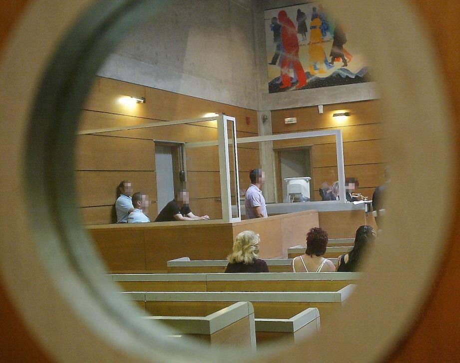 C'est le 2e réseau de trafic de drogue dans le golfe tropézien du même genre que juge le tribunal correctionnel de Draguignan. Un troisième devrait venir bientôt…