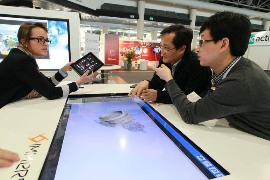 Les tables tactiles font parties des grandes tendances des nouvelles technologies d'imagerie.