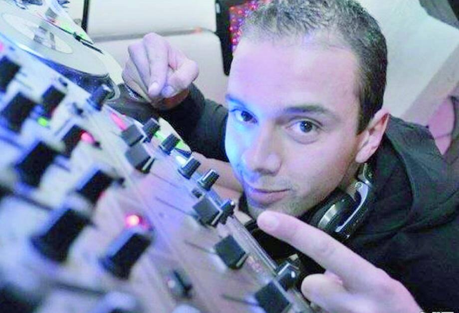 Passionné de musique, Sylvain sait toutefois que son activité restera un loisir : « Les règles dans le milieu sont particulières… »