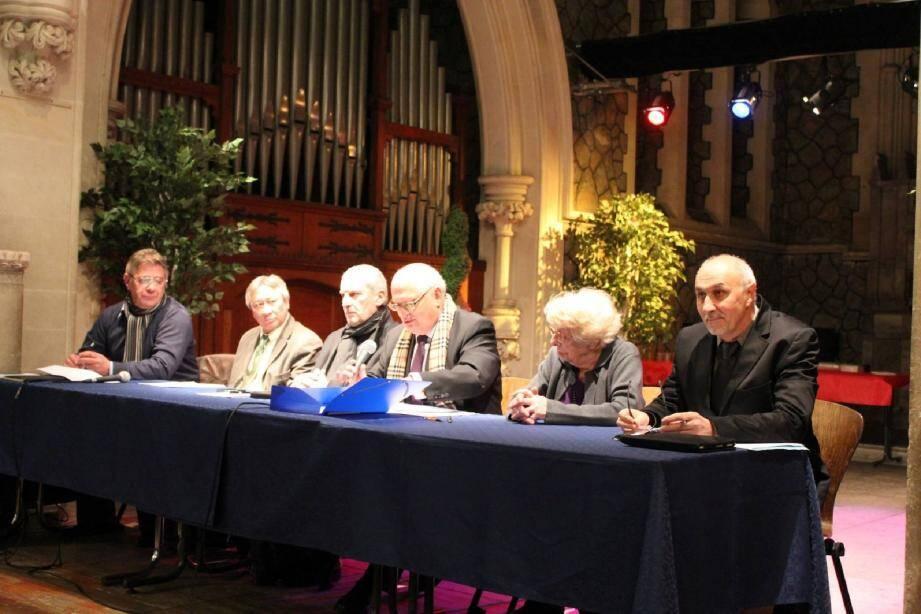 Alain Durand et les élus présents ont répondu aux questions des membres du CIL du quartier Godillot.