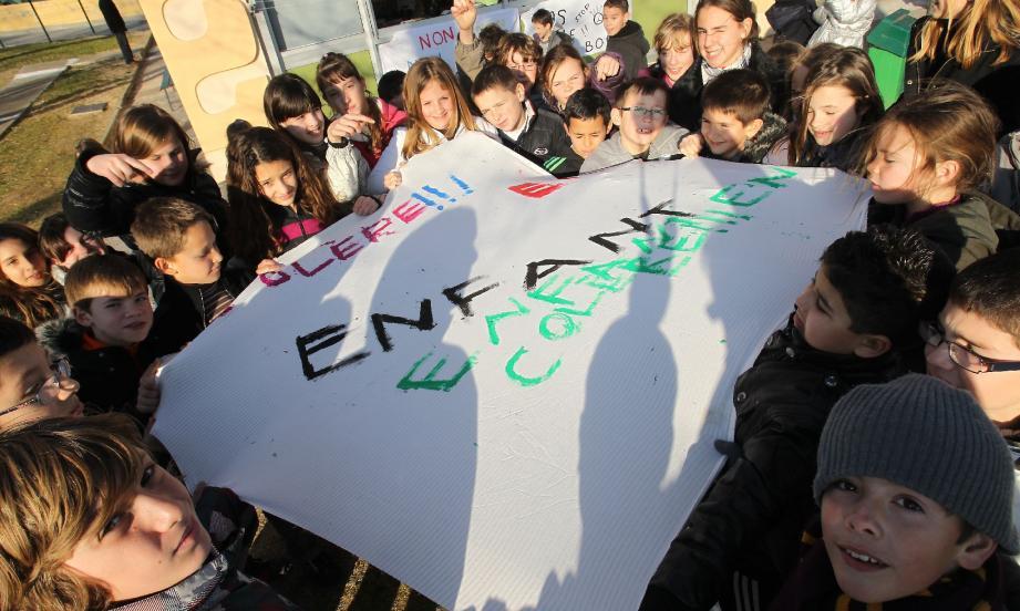 A l'école primaire Frédéric-Mistral, quartier du Capitou, à Mandelieu-La Napoule, on n'a pas attendu jeudi prochain pour se mobiliser.