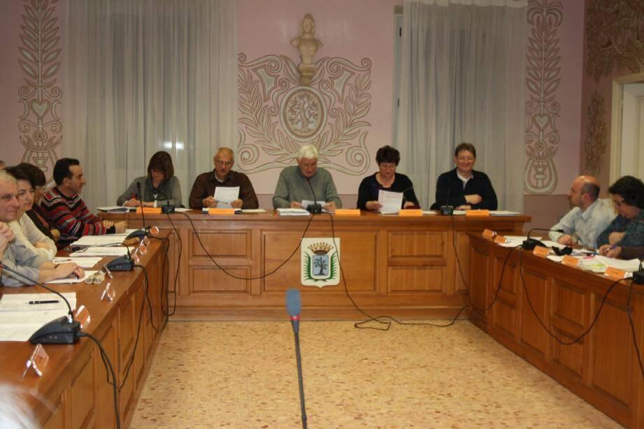 Lors du dernier conseil municipal, a notamment été abordé le débat d'orientation budgétaire 2012.