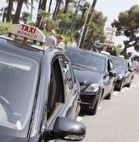 En Principauté, 87 conducteurs sont porteurs d'une licence pour quadriller le territoire.
